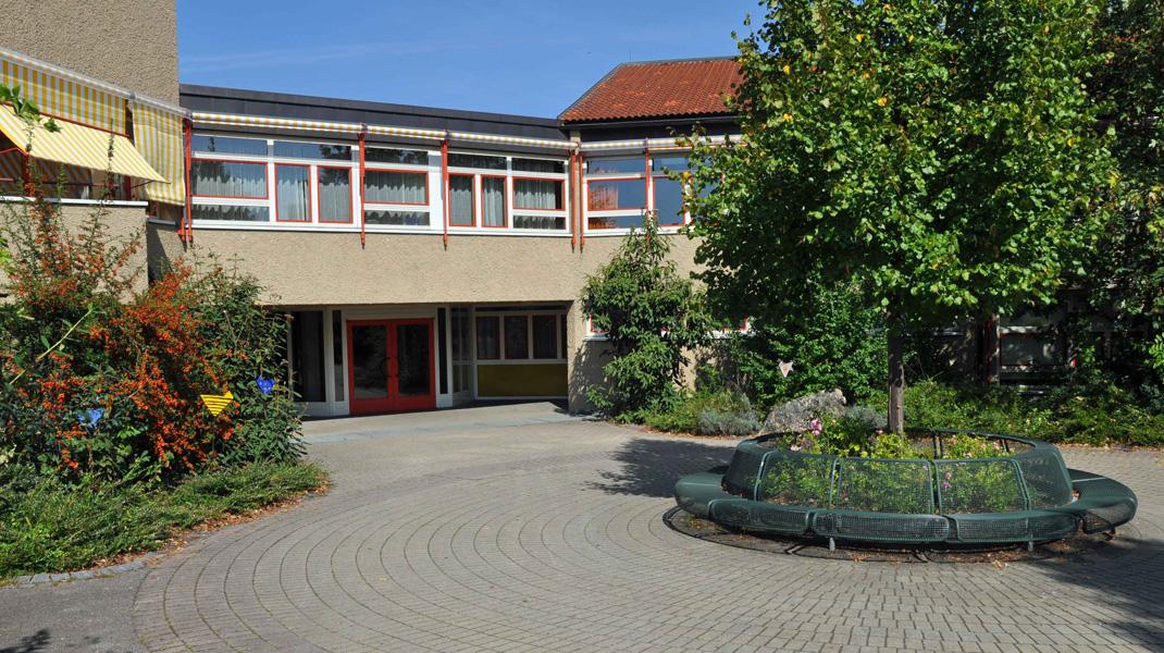 IG-Renz-Referenzen_04-FranzVonAssisiRealschule